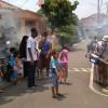 RW 15 Sukasari Bersama RT-RT Fogging 250 Rumah Warga