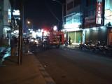 Pukul 7 Malam, Pedagang Kuliner Belum Tutup, Disemprot Blambir